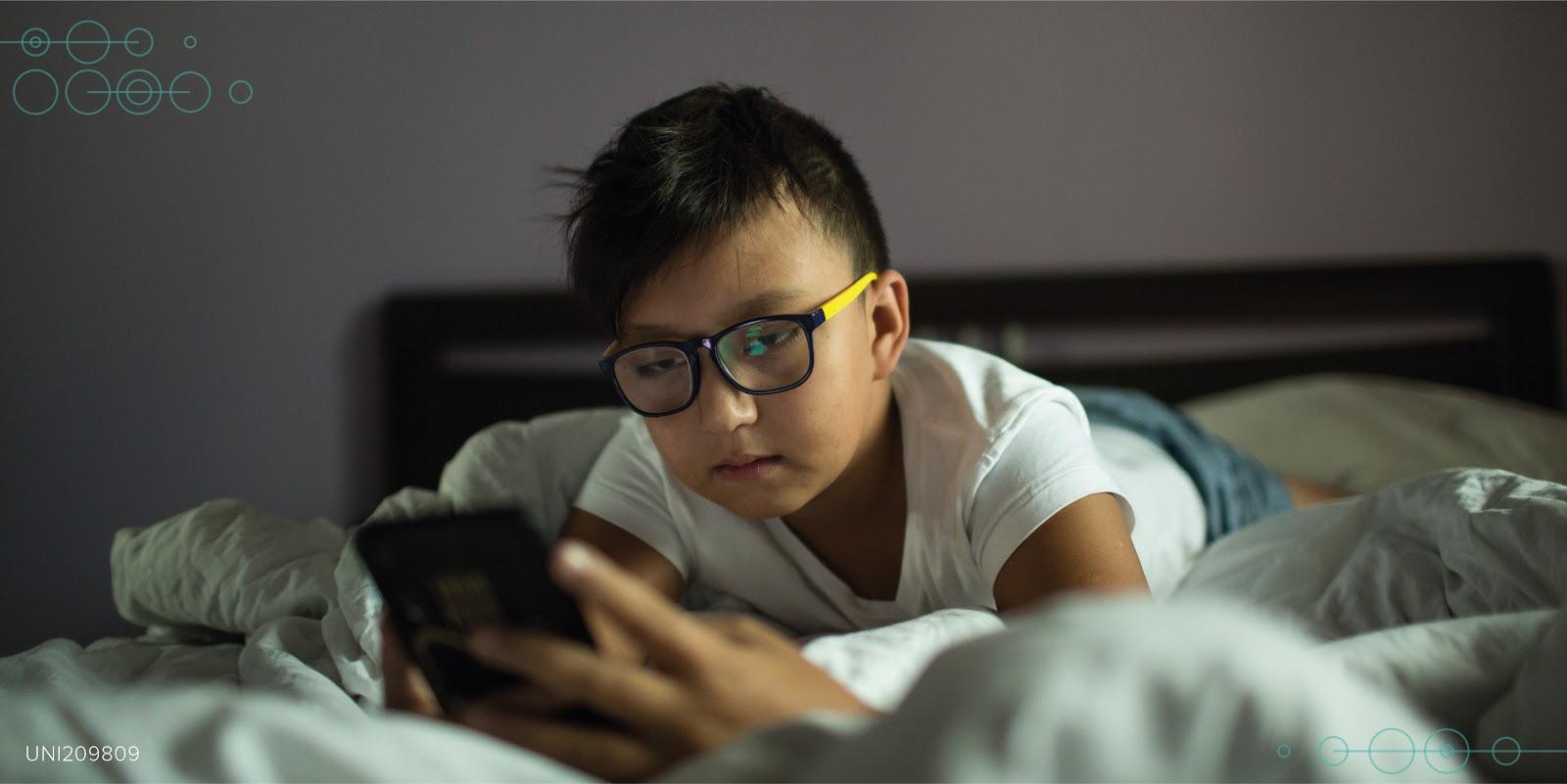 Ministerio de Educación, CHS Alternativo y Movistar se unen para promover la seguridad digital de las niñas, niños y adolescentes